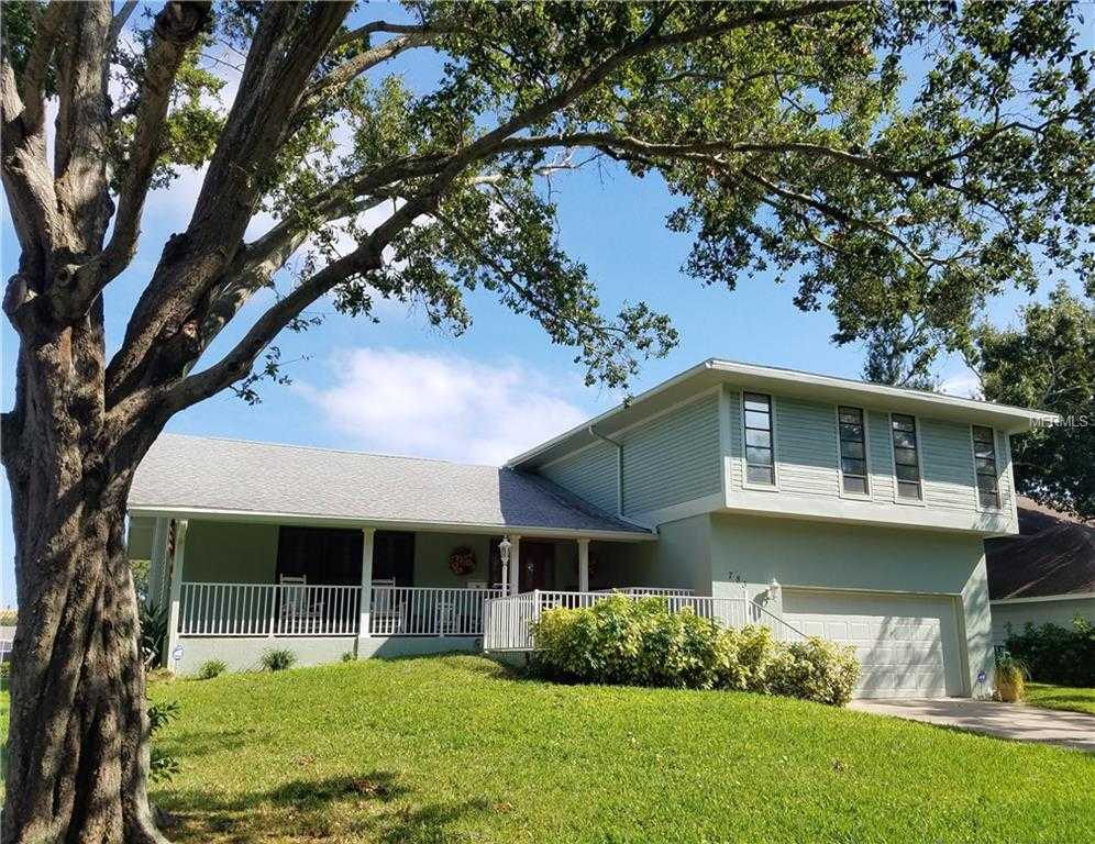 $649,000 - 4Br/4Ba -  for Sale in Riviera Bay 1st Add, St Petersburg