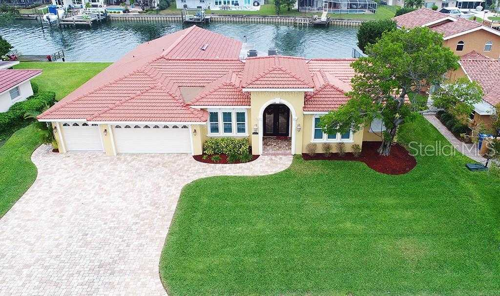 $1,300,000 - 4Br/3Ba -  for Sale in Venetian Isles, St Petersburg