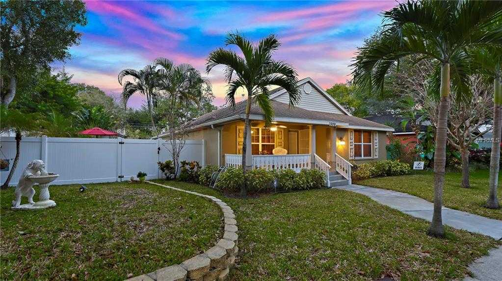 $565,000 - 3Br/2Ba -  for Sale in North Bay Heights, St Petersburg