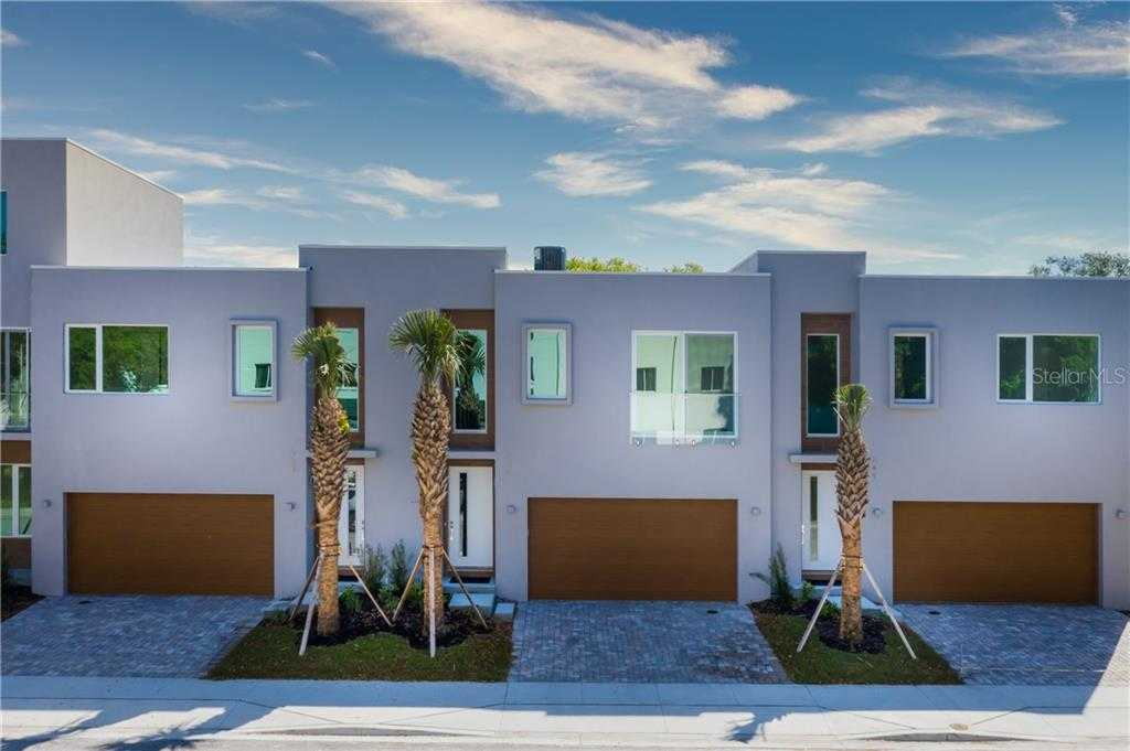 $909,000 - 3Br/3Ba -  for Sale in Hudson Bayou Resub, Sarasota