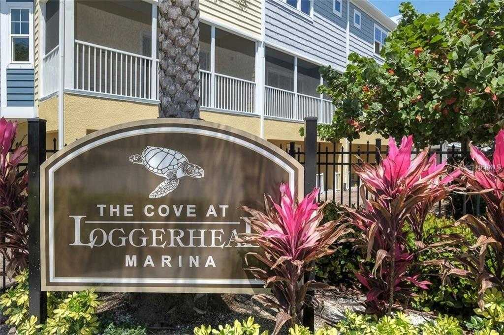 $424,000 - 3Br/3Ba -  for Sale in Cove At Loggerhead Marina, St Petersburg