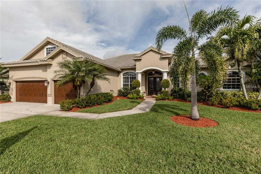 $999,000 - 4Br/5Ba -  for Sale in Placido Bayou, St Petersburg