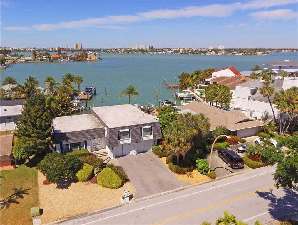 $739,900 - 4Br/3Ba -  for Sale in Bahia Shores 4th Add, St Pete Beach