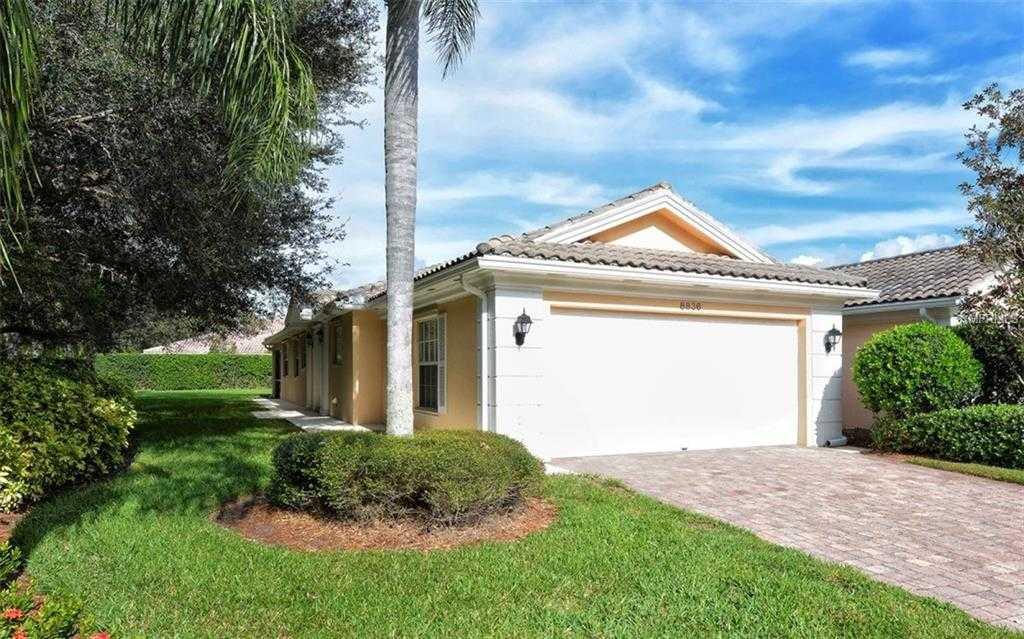 $321,800 - 2Br/2Ba -  for Sale in Villagewalk, Sarasota
