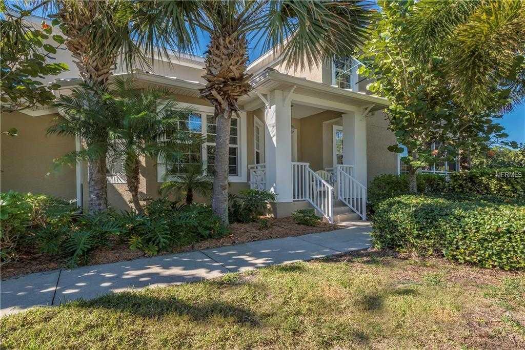 $319,000 - 4Br/4Ba -  for Sale in Hammocks-villas Ph 01, Englewood