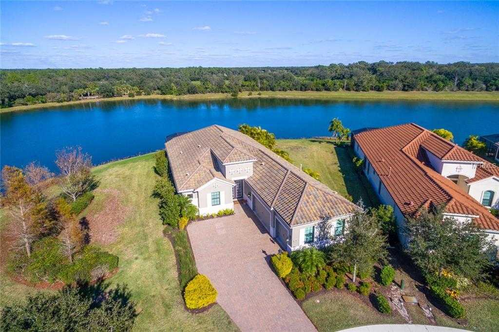 $799,900 - 4Br/3Ba -  for Sale in Country Club East At Lwr Subph Qq Unit 1, Lakewood Ranch