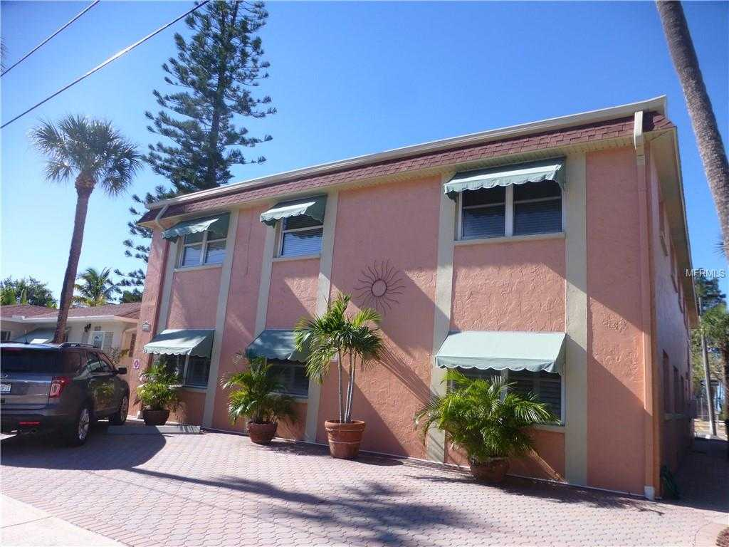 $300,000 - 2Br/1Ba -  for Sale in Maple Leaf Condo, St Pete Beach