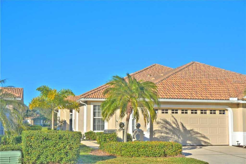 $325,000 - 3Br/2Ba -  for Sale in Pelican Pointe Golf & Country Club, Venice