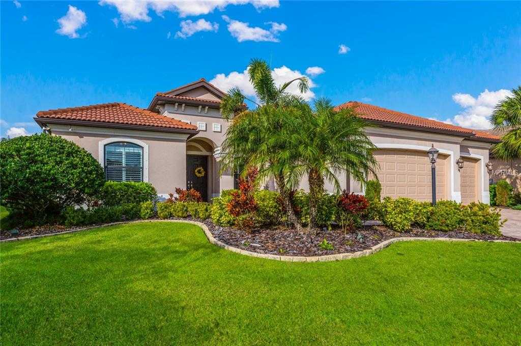 $629,900 - 5Br/4Ba -  for Sale in Greenbrook Village Sp Ll Un 4, Lakewood Ranch