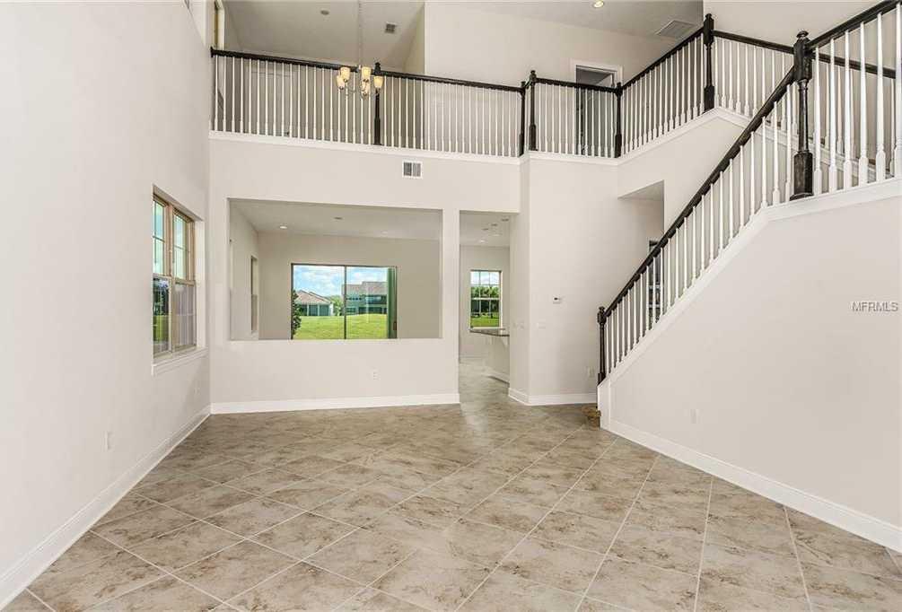 $444,990 - 4Br/4Ba -  for Sale in Eagle Creek, Orlando