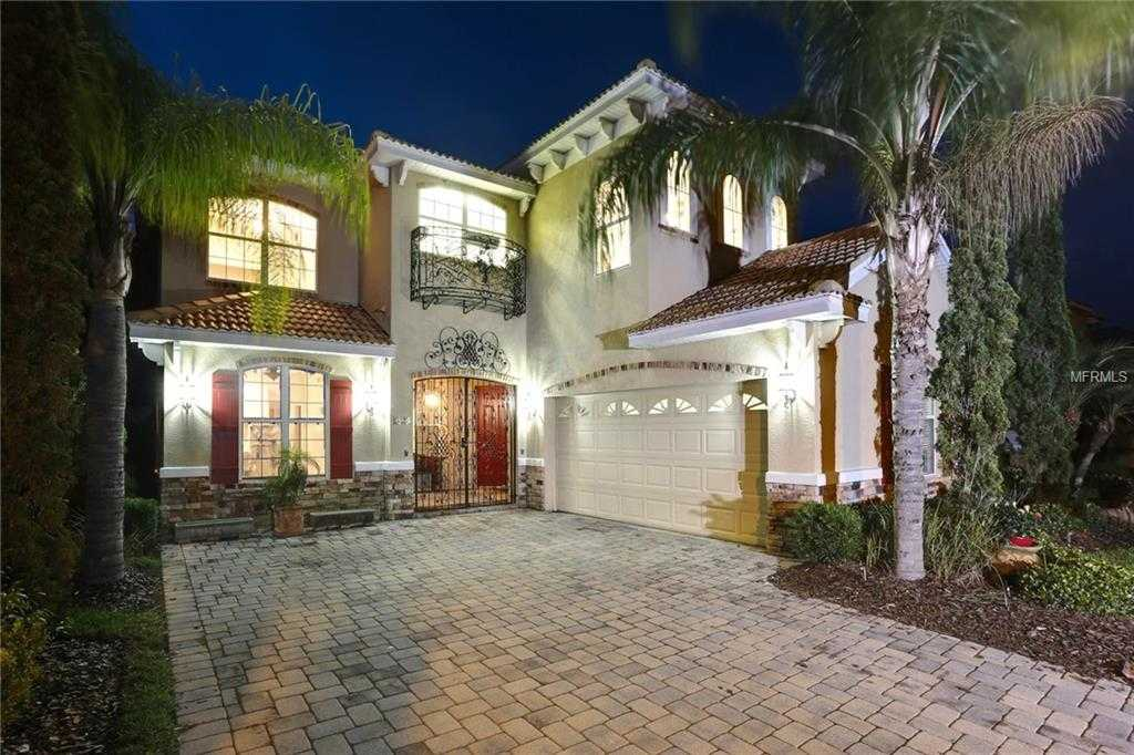 - 5Br/5Ba -  for Sale in Cory Lake Isles Ph 05 Unit 01, Tampa