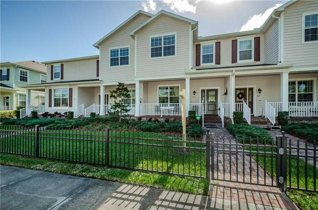 $392,000 - 4Br/4Ba -  for Sale in Sun Ketch Twnhms At Northeast, St Petersburg