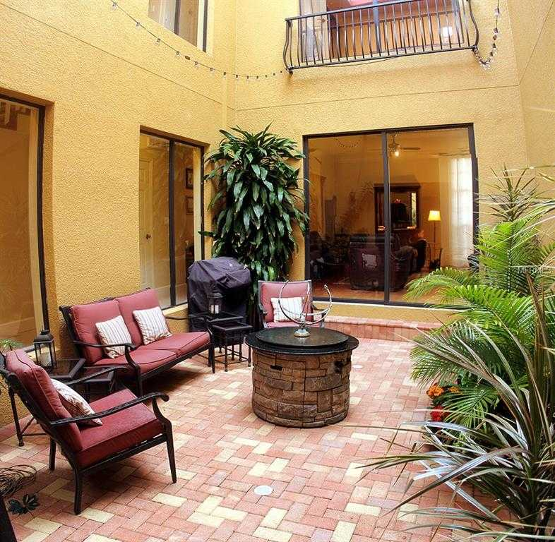 $435,000 - 3Br/3Ba -  for Sale in Highland Courtyard Twnhms Unit One, St Petersburg