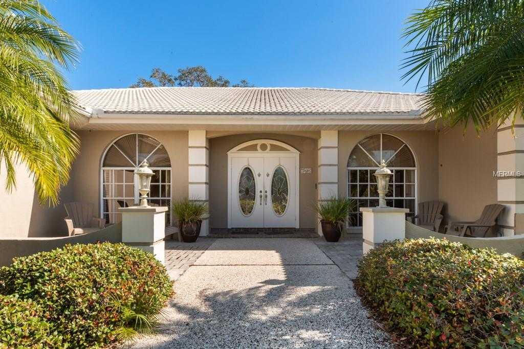 $465,000 - 3Br/3Ba -  for Sale in Country Club Of Sarasota The, Sarasota