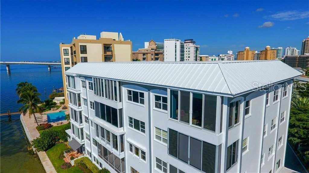 $925,000 - 3Br/2Ba -  for Sale in Harbor House South, Sarasota