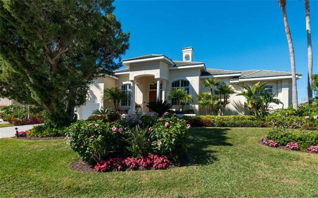 $1,900,000 - 3Br/3Ba -  for Sale in Country Club Shores, Longboat Key