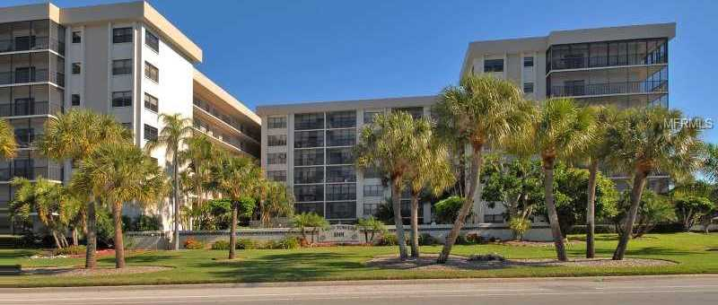 $425,000 - 2Br/2Ba -  for Sale in Lido Towers, Sarasota