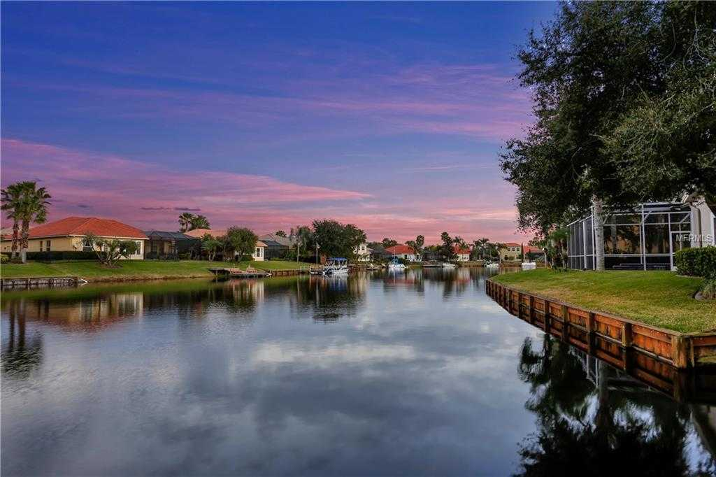 $640,000 - 5Br/4Ba -  for Sale in Cory Lake Isles Ph 04 Unit 01, Tampa
