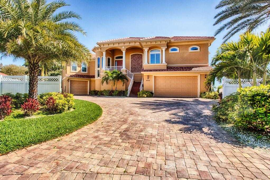 $1,695,000 - 4Br/4Ba -  for Sale in Broadwater Bayview Estate, St Petersburg