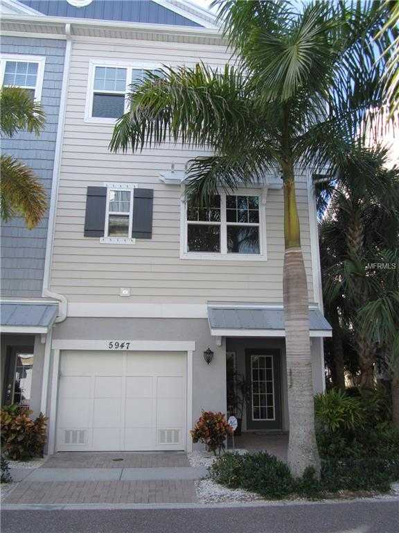 $494,500 - 3Br/3Ba -  for Sale in Cove At Loggerhead Marina, St Petersburg