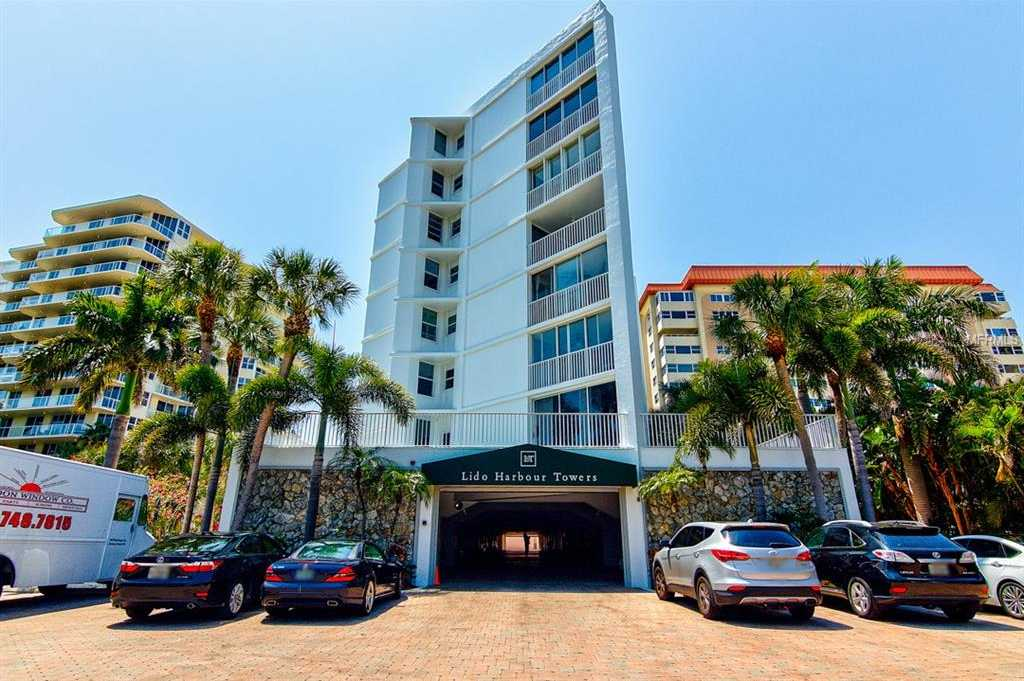 $500,000 - 3Br/2Ba -  for Sale in Lido Harbour Towers, Sarasota