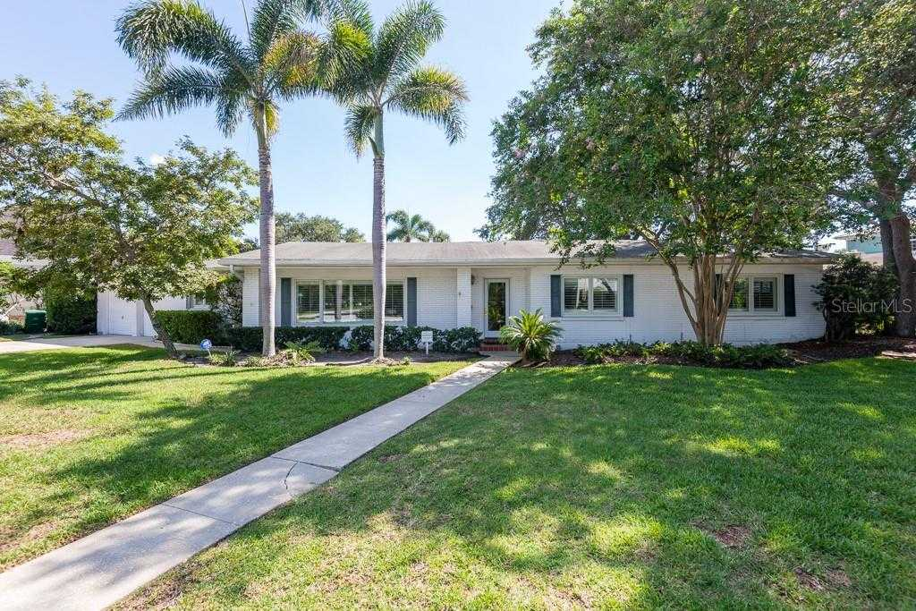 $1,498,000 - 4Br/3Ba -  for Sale in Sunset Park Isles Unit 02, Tampa