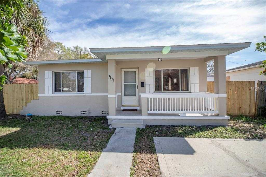 - 3Br/2Ba -  for Sale in Lanfield-sumner Sub, St Petersburg