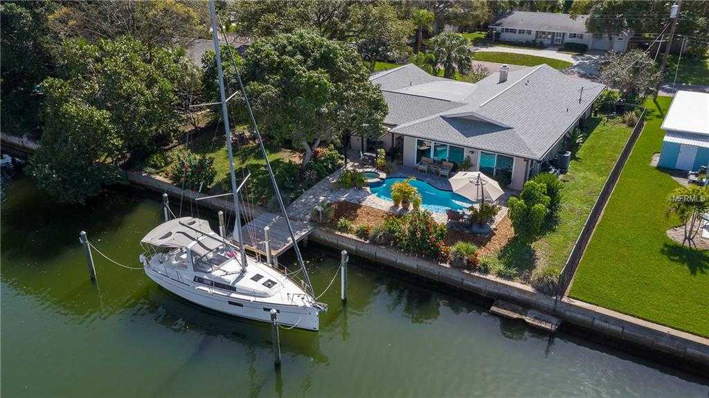 $779,900 - 4Br/3Ba -  for Sale in Maximo Moorings, St Petersburg