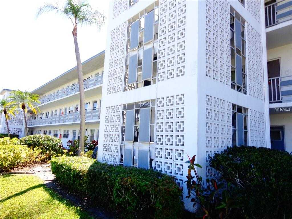 $82,900 - 2Br/2Ba -  for Sale in Town Apts Condo, St Petersburg