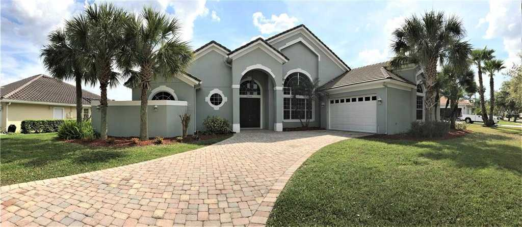 $349,999 - 5Br/4Ba -  for Sale in Kissimmee Bay, Kissimmee