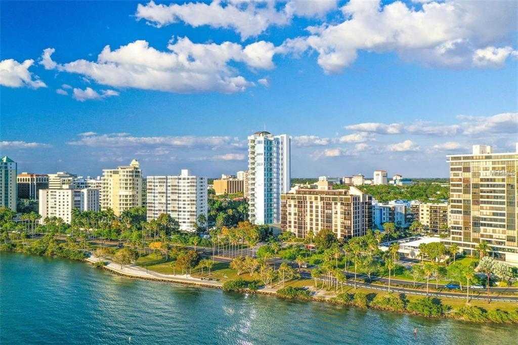 $3,935,000 - 3Br/4Ba -  for Sale in 624 Palm, Sarasota