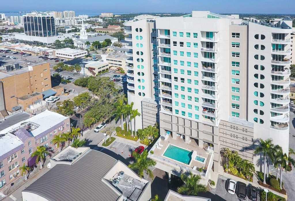 $750,000 - 3Br/2Ba -  for Sale in Rivo At Ringling, Sarasota