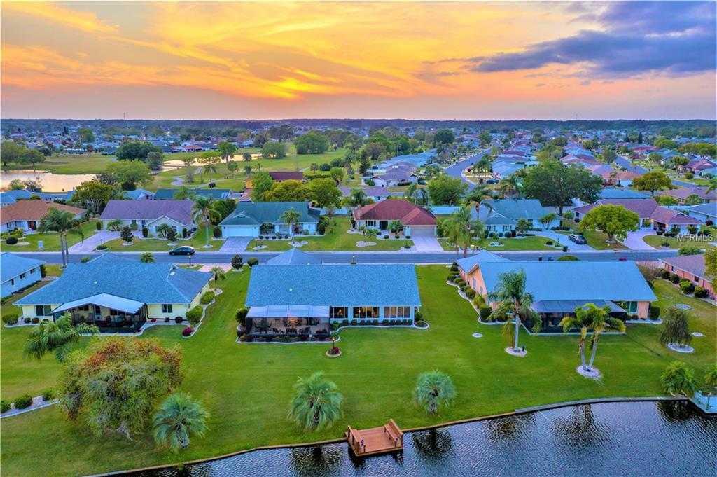 $324,900 - 2Br/2Ba -  for Sale in Caloosa Country Club Estates, Sun City Center