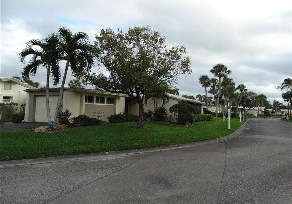 $439,000 - 2Br/2Ba -  for Sale in Whispering Sands Sec 1, Sarasota