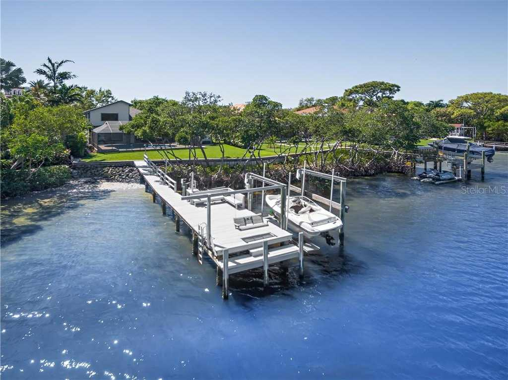 $1,949,900 - 6Br/4Ba -  for Sale in Riviera Bay Second Add Pt Rep & Add, St Petersburg