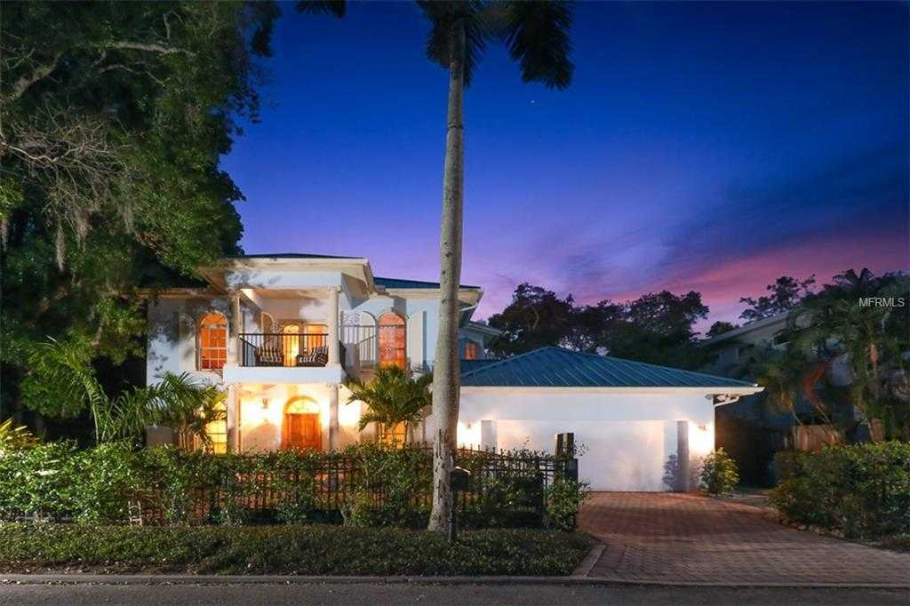 $1,295,000 - 3Br/3Ba -  for Sale in Bungalow Hill, Sarasota