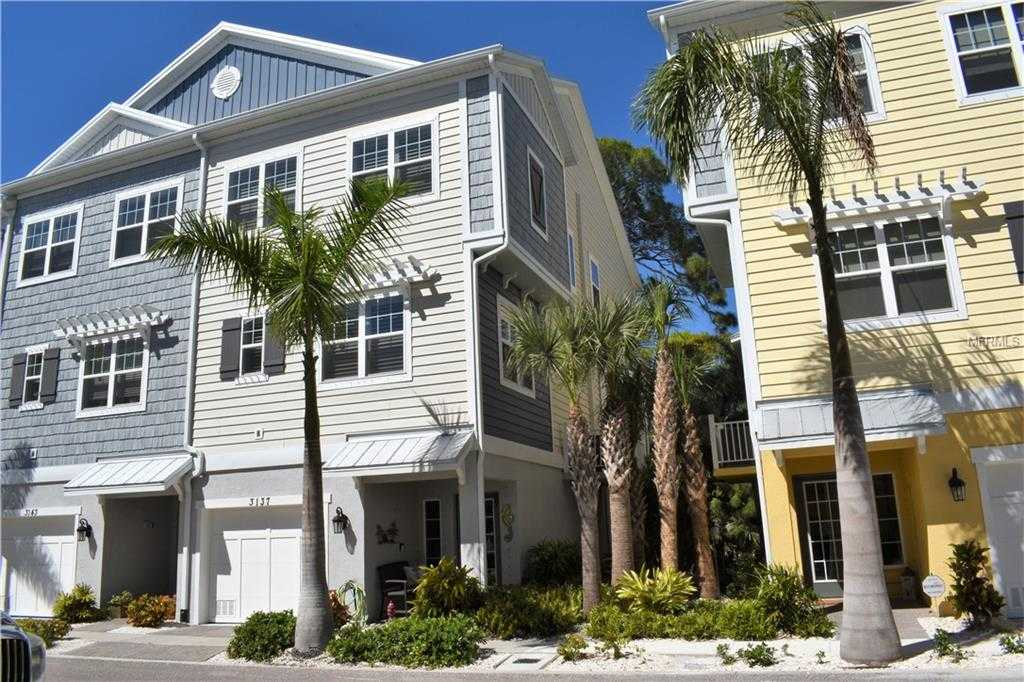 $475,000 - 3Br/3Ba -  for Sale in Cove At Loggerhead Marina, St Petersburg