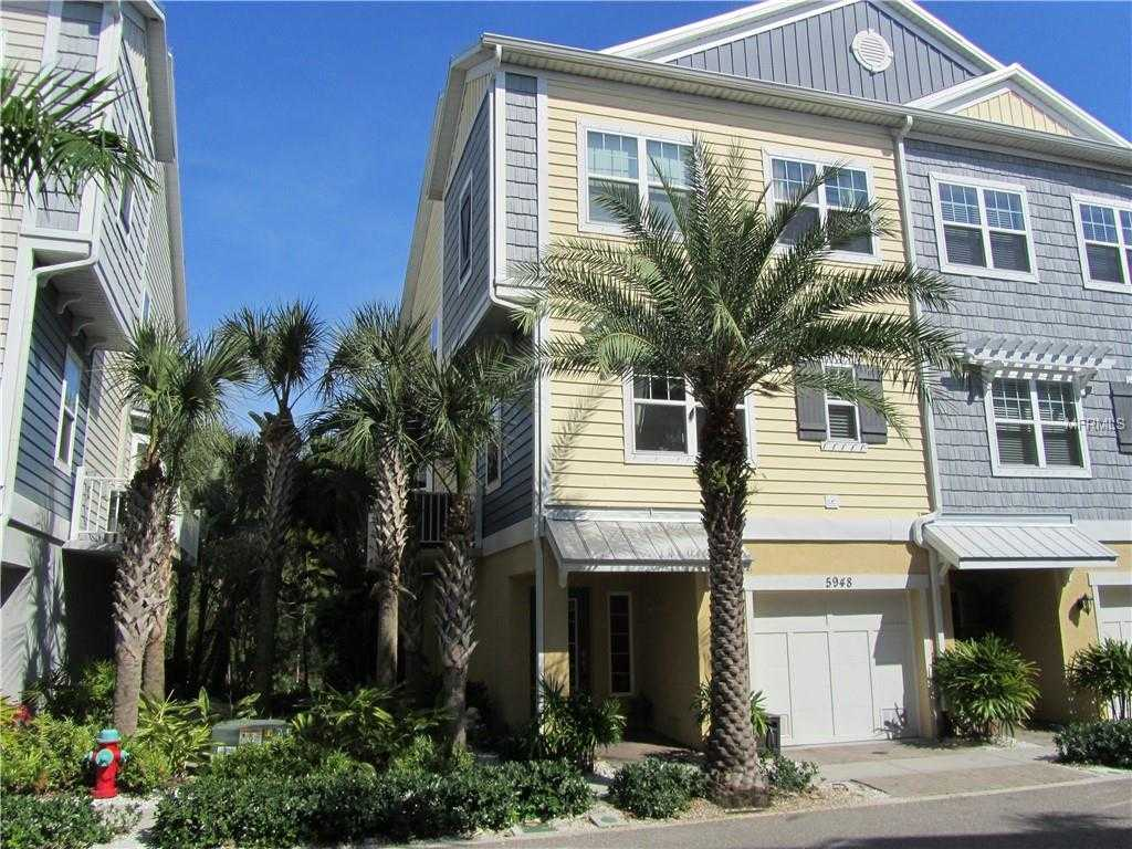 $449,500 - 4Br/3Ba -  for Sale in Cove At Loggerhead Marina, St Petersburg