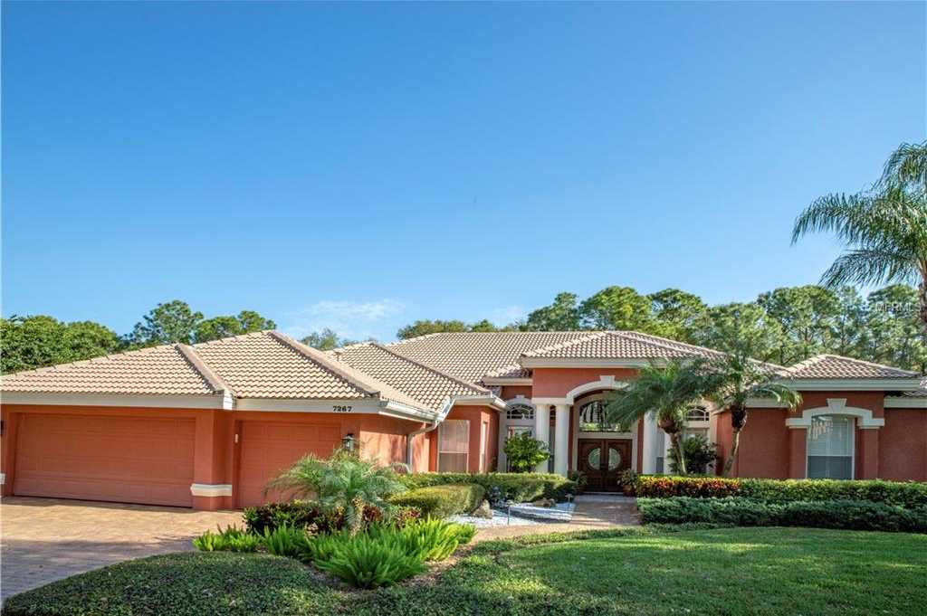 $739,000 - 4Br/4Ba -  for Sale in Bayou Club, Pinellas Park
