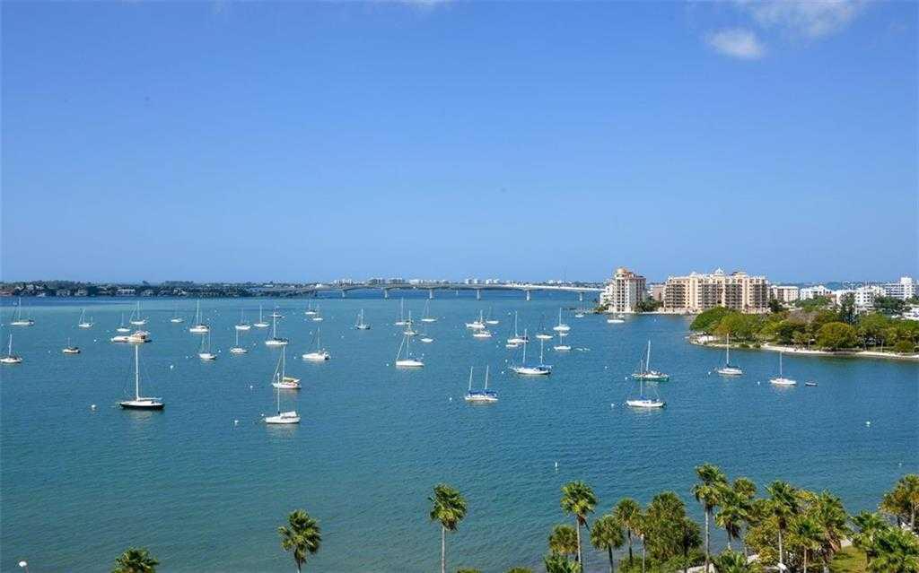 $619,000 - 2Br/2Ba -  for Sale in Embassy House, Sarasota