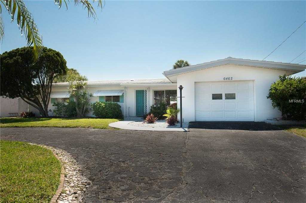 $749,900 - 3Br/2Ba -  for Sale in Three Palms Point, St Pete Beach