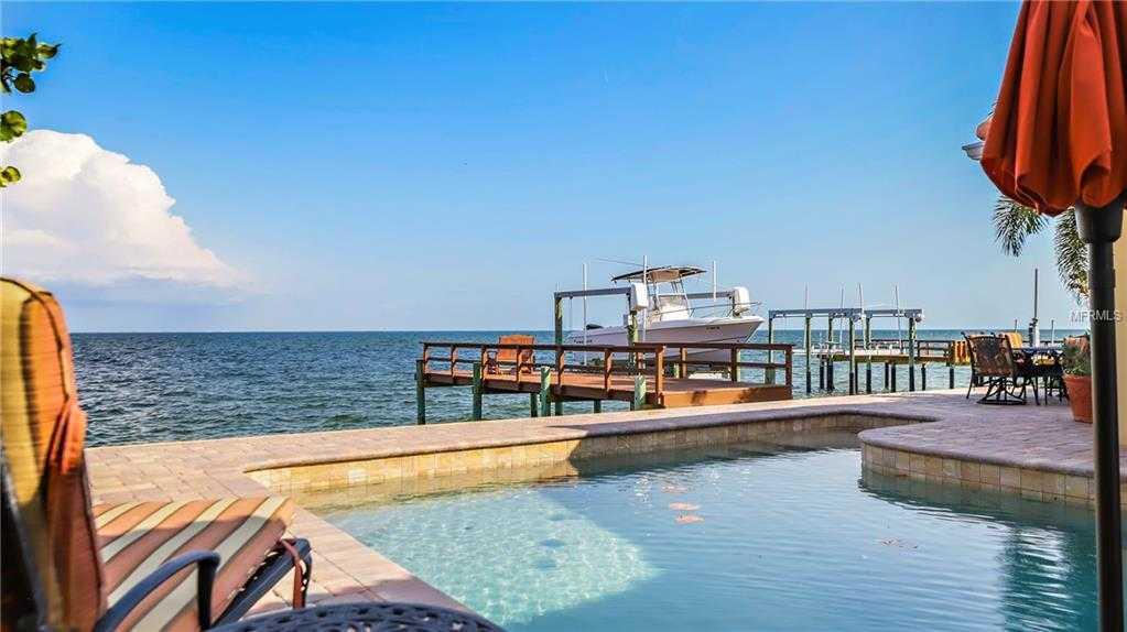 $1,398,000 - 4Br/3Ba -  for Sale in Venetian Isles, St Petersburg