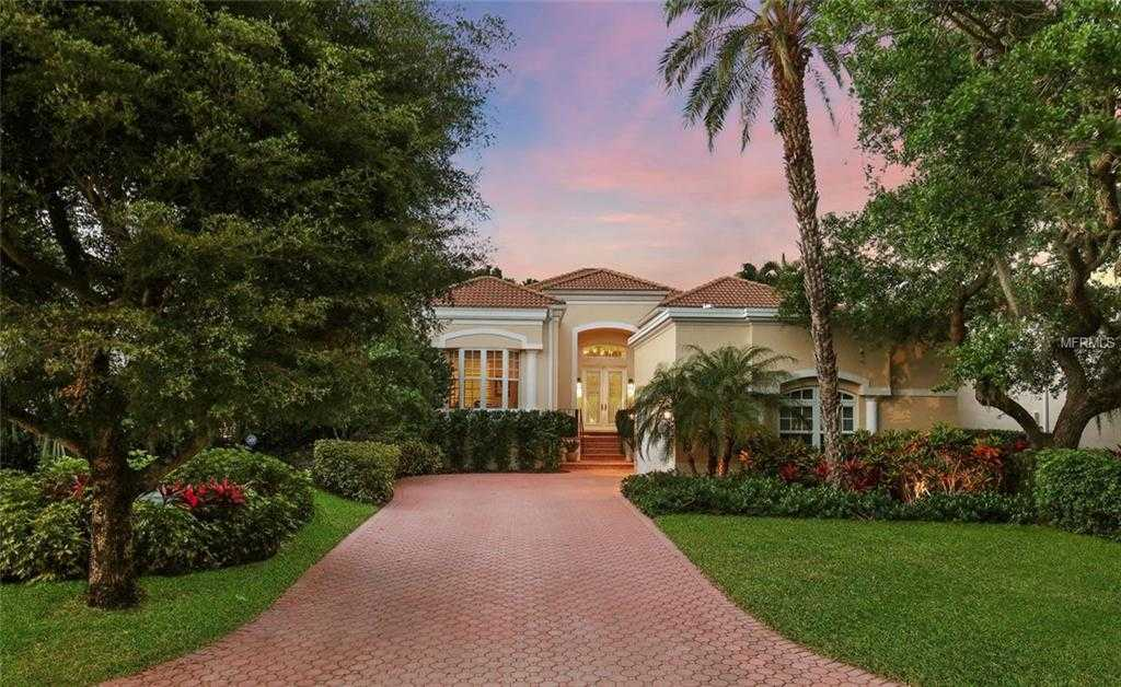 $995,000 - 3Br/3Ba -  for Sale in Queens Harbour, Longboat Key