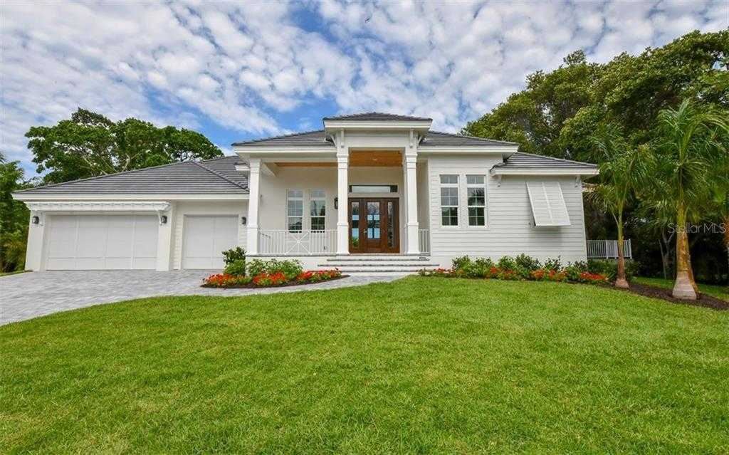 $1,590,000 - 4Br/4Ba -  for Sale in Reclinata Sub, Longboat Key