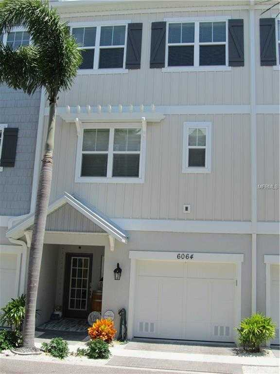 $476,900 - 3Br/3Ba -  for Sale in Cove At Loggerhead Marina, St Petersburg