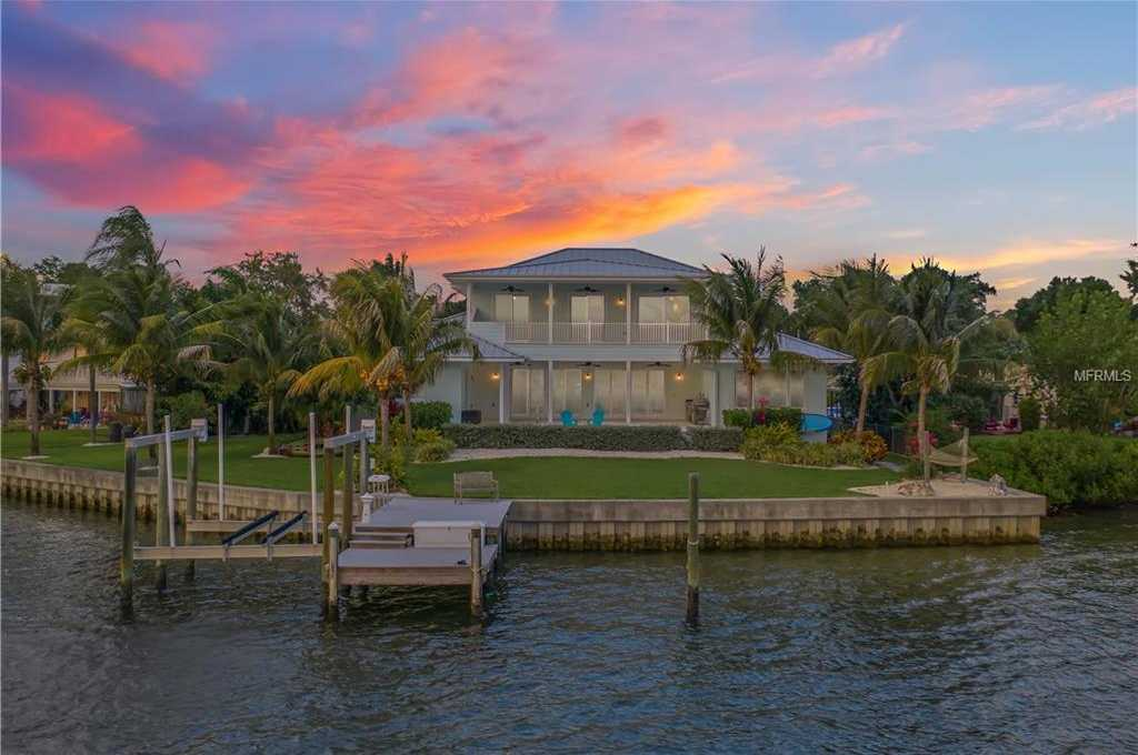$2,100,000 - 5Br/6Ba -  for Sale in Patrician Point, St Petersburg
