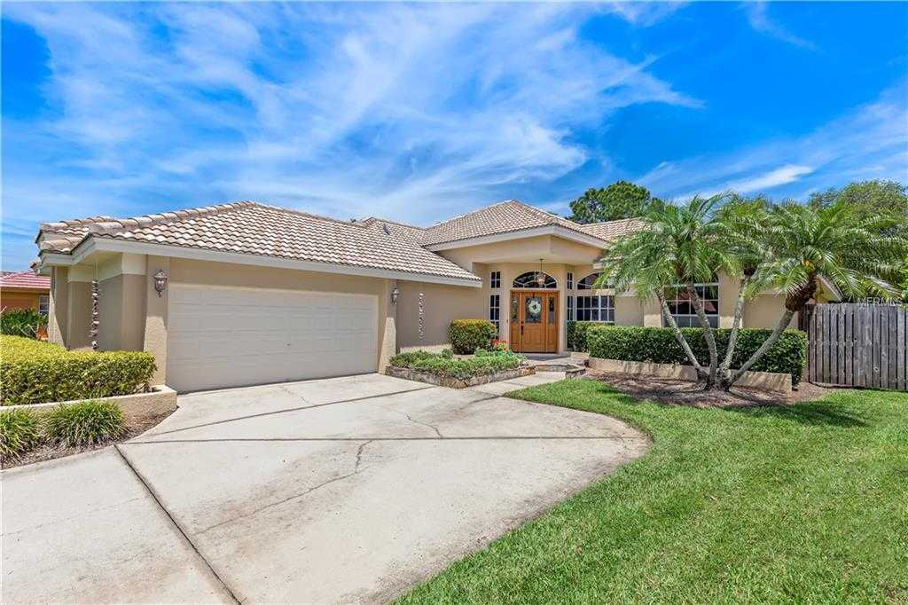 $560,000 - 3Br/3Ba -  for Sale in Placido Bayou, St Petersburg