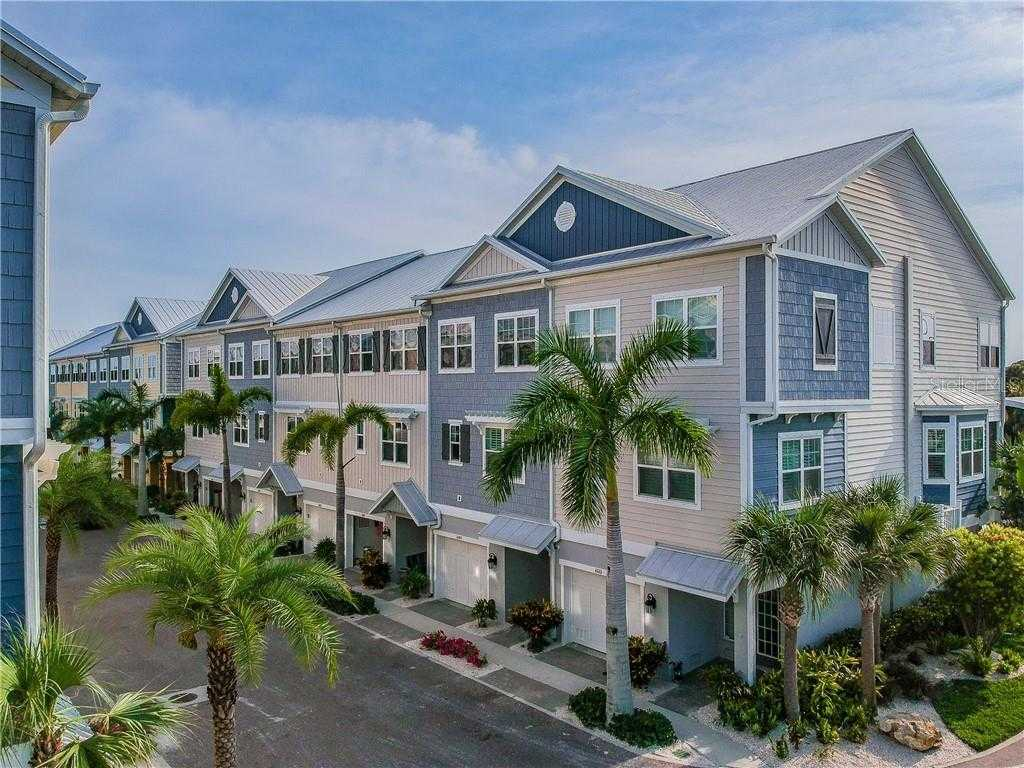 $449,000 - 4Br/3Ba -  for Sale in Cove At Loggerhead Marina, St Petersburg