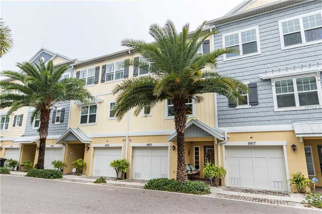 $464,400 - 3Br/3Ba -  for Sale in Cove At Loggerhead Marina, St Petersburg