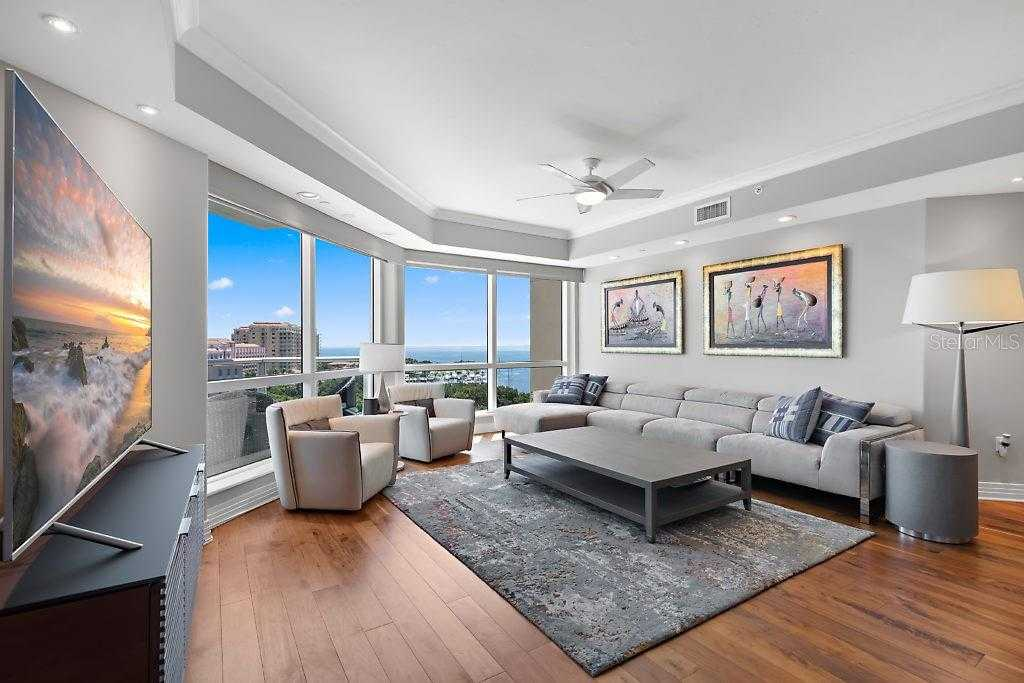 $1,575,000 - 2Br/2Ba -  for Sale in 400 Beach Drive Condo, St Petersburg